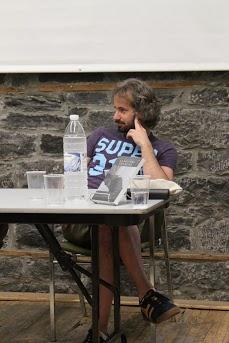 Laurent Herrou, écrivain lors d'une soirée de la première édition de la Fierté Littéraire  montréalaise à l'été 2012