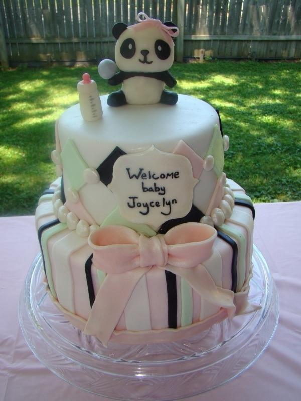 Panda Baby Shower Cake by Leslie Bruckman of Nom Nom Sweeties.
