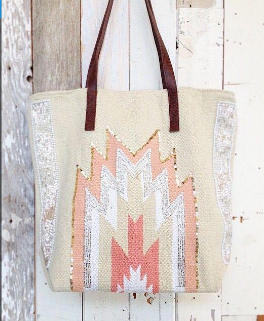 Peruvian bag from www.everydaysugar.com