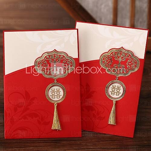 Chinese Style Tasseled Red Tri Fold Wedding Invitation Set Of 50