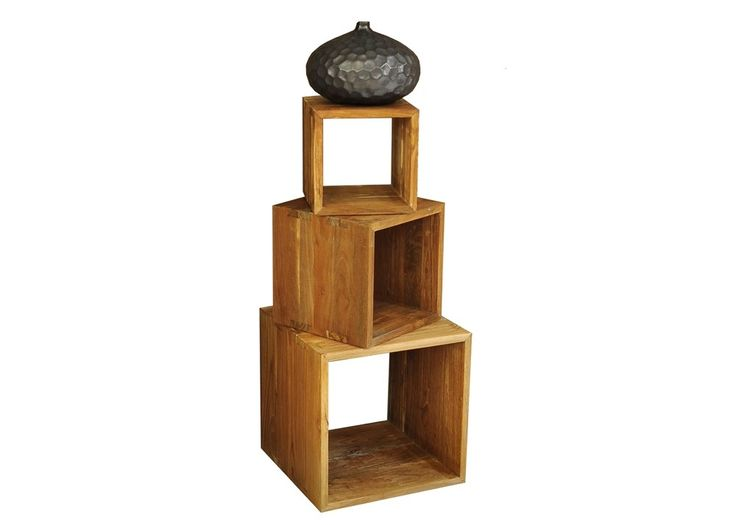 Würfelregal aus Teak Altholz Massiv mit 3 Würfeln aus Massivholz 21217. Buy now at https://www.moebel-wohnbar.de/wuerfelregal-aus-teak-altholz-massiv-mit-3-wuerfeln-aus-massivholz-21217