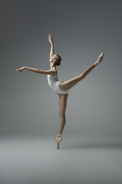 Best 25 Ballet Moves Ideas On Pinterest Ballet