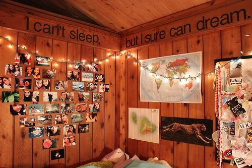 Tumblr bedroom lights bedrooms pinterest for Bedroom ideas hipster