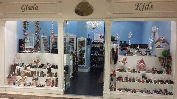 ¿Conocéis nuestra tienda de A Coruña? Podéis visitarnos en el Centro Comercial de Cuatro Caminos en su horario habitual de apertura ¡Os esperamos!