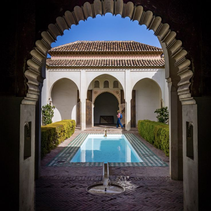Courtyard in the wonderful old Alcazaba of Málaga #spain #travel #travelphotography