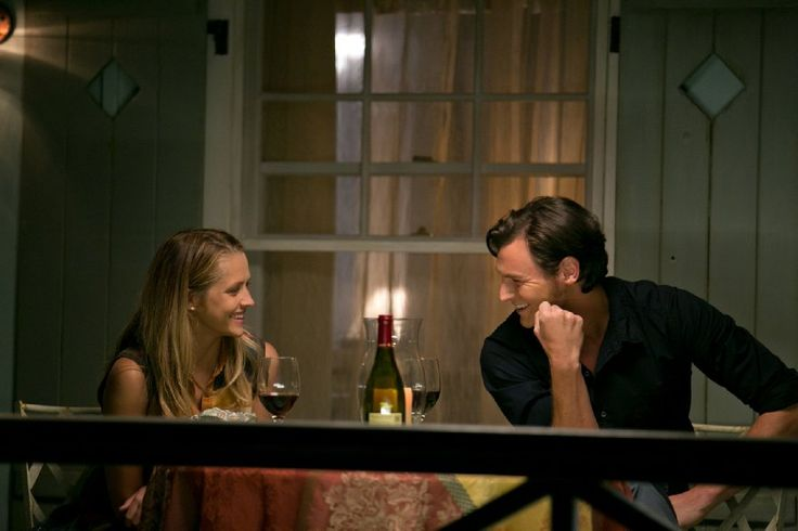 Benjamin Walker and Teresa Palmer in The Choice