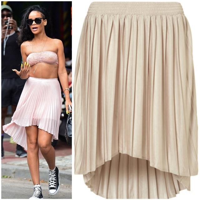Rihanna's TopShop Pleated Dip Hem Skirt