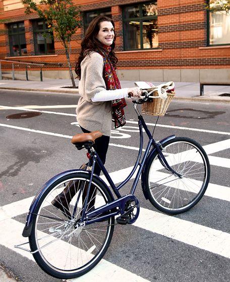 Brooke Goes Biking Brooke Shields left the C. Wonder store in NYC with a brand new bike.