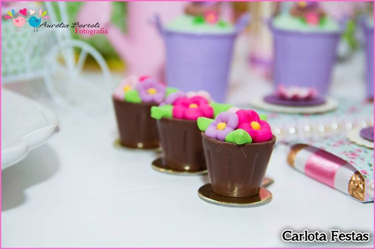 46 best docinhos images on pinterest finger foods mini cakes and party favors fandeluxe Choice Image