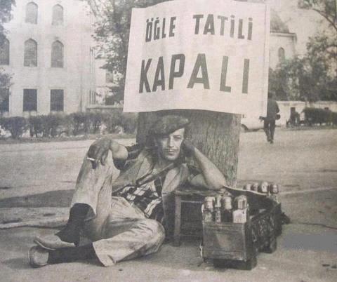 Sadri Alışık  (İstanbul 5 Nisan 1925 - İstanbul 18 Mart 1995)