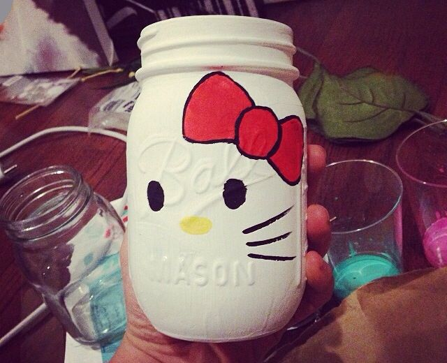 Hello kitty painted mason jar