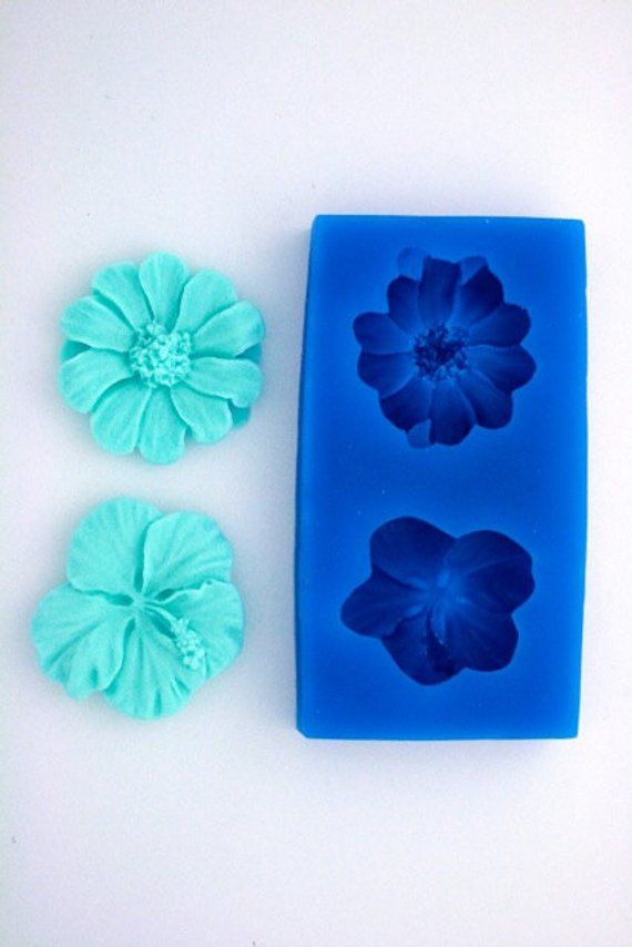 Hibiscus Daisy Flower Silcione Mold For Fondant Gum Paste Etsy In 2020 Daisy Flower Silicone Candle Molds Gum Paste