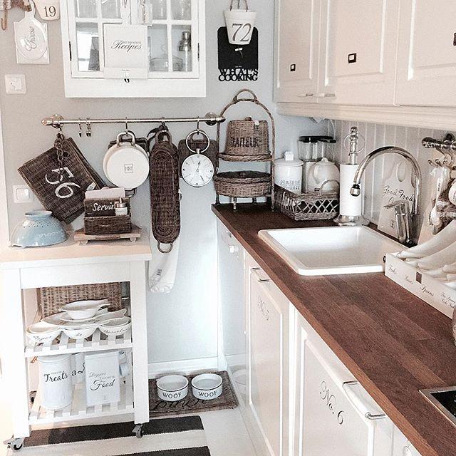 Kitchen details #inspiration #interior123 #interior125 #interior444 #interior9508 #interior4you1 #inspiroivakoti #interiorstyled #interiorharmoni #interiorwarrior #interiorforinspo #interiorinspiration #inspire_me_home_decor #rivieramaison #rivieramaisonlove #classyinteriors #wonderfulrooms #ninterior #shabbyyhomes #mm_interior #dreaminteriors #hem_inspiration #homeinspiration #finahem #finehjem #unikehjem #myhome #keittiö #kitchen #roominteriorr