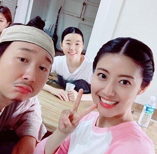 Nam Ji Hyun Supports Do Kyung Soo S Album Do Kyung Soo Korean