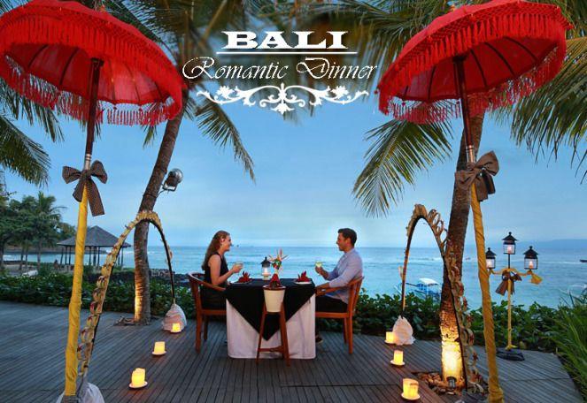 Enjoy A Romantic Beach Dinner In Bali Romantic Beach Beach Dinner Romantic Escapes