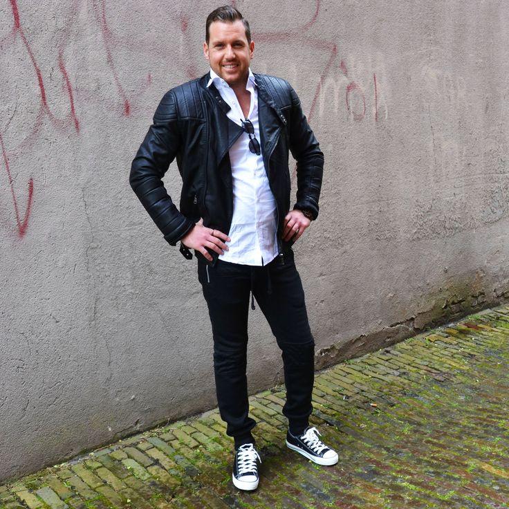 Biker jacket | Shirt blouse white | Sweatpants black | Low sneakers black | Sunglasses Clubmaster http://mymenfashion.com/low-sneakers-black.html