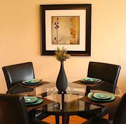 www.leovandesign.com - Dining Room Staging Ideas