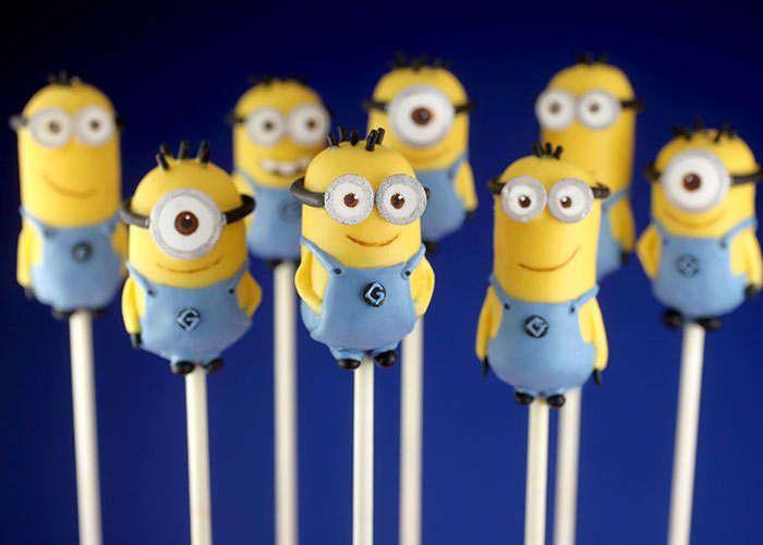 Superhero Minion Confectioneries : superhero minion