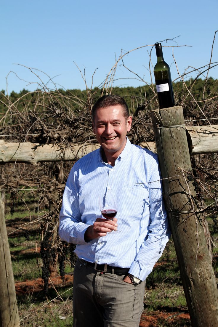 In 2009, Thierry Coulon introduced a range of of 500 ml bottles in a new program created for Opimian members named Wine for 2. The perfect size just for two.