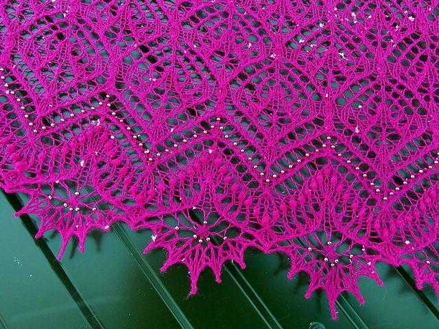 Ravelry: Shawl Autumn Bouquet pattern by Olga Bochkareva