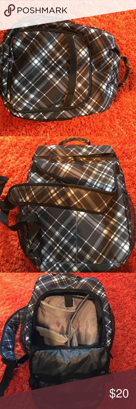 Thirty one Camara backpack.  Like new. Thirty one camera backpack.  Like new. thirty one Bags Backpacks