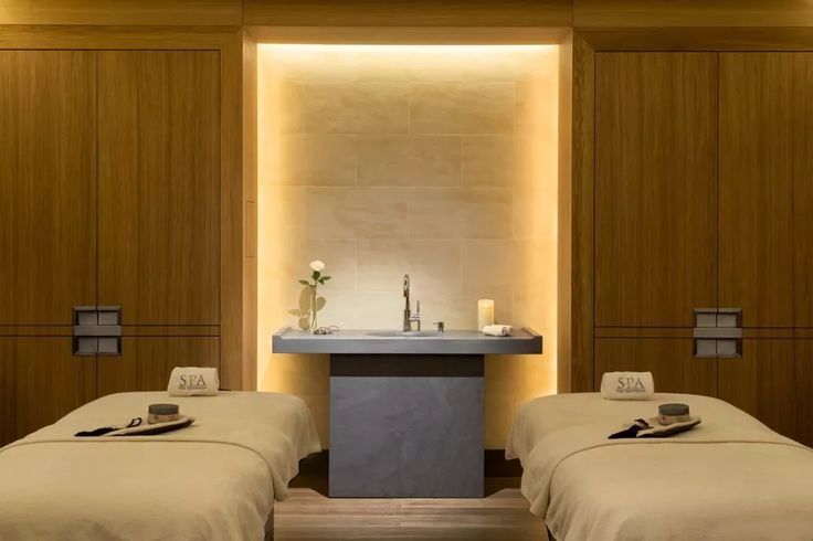 Doubles Treatment Room Peninsula Spa Paris