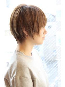レウナ 外苑前(Reuna)黒髪アッシュ☆かっこ可愛いノームコアxうぶバング