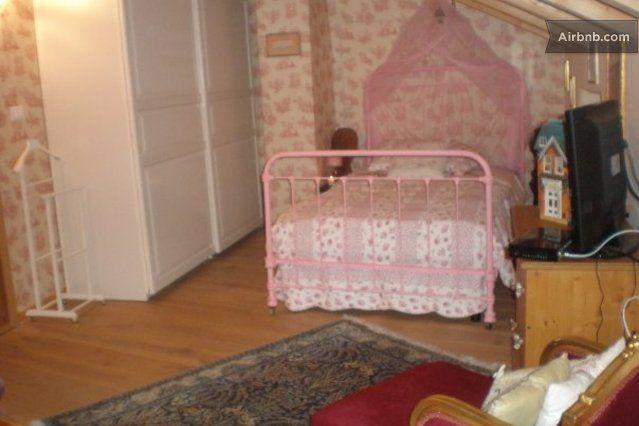 B&B The Country Corner, Trieste, Italy la camera col letto matrimoniale alla francese