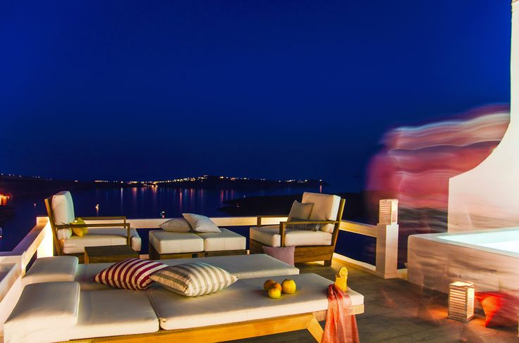 Executive suite, night view to the hall of Santorini bay © TG Photography All rights reserved