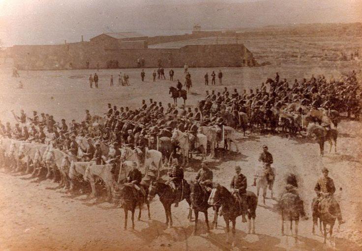 Regimiento de Granaderos a Caballo, Antofagasta 1879 (a la cabecera Jefes y Banda de Guerra Montada)