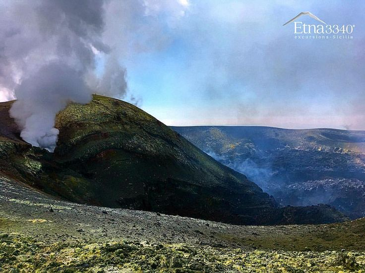 Huge fumarole, summit hike of volcano Etna.. 🌋