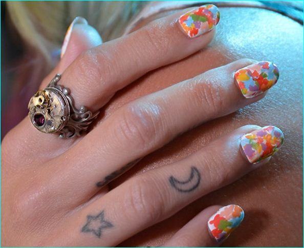 10 Trendy 2016 Nail Art Designs to Try This Year