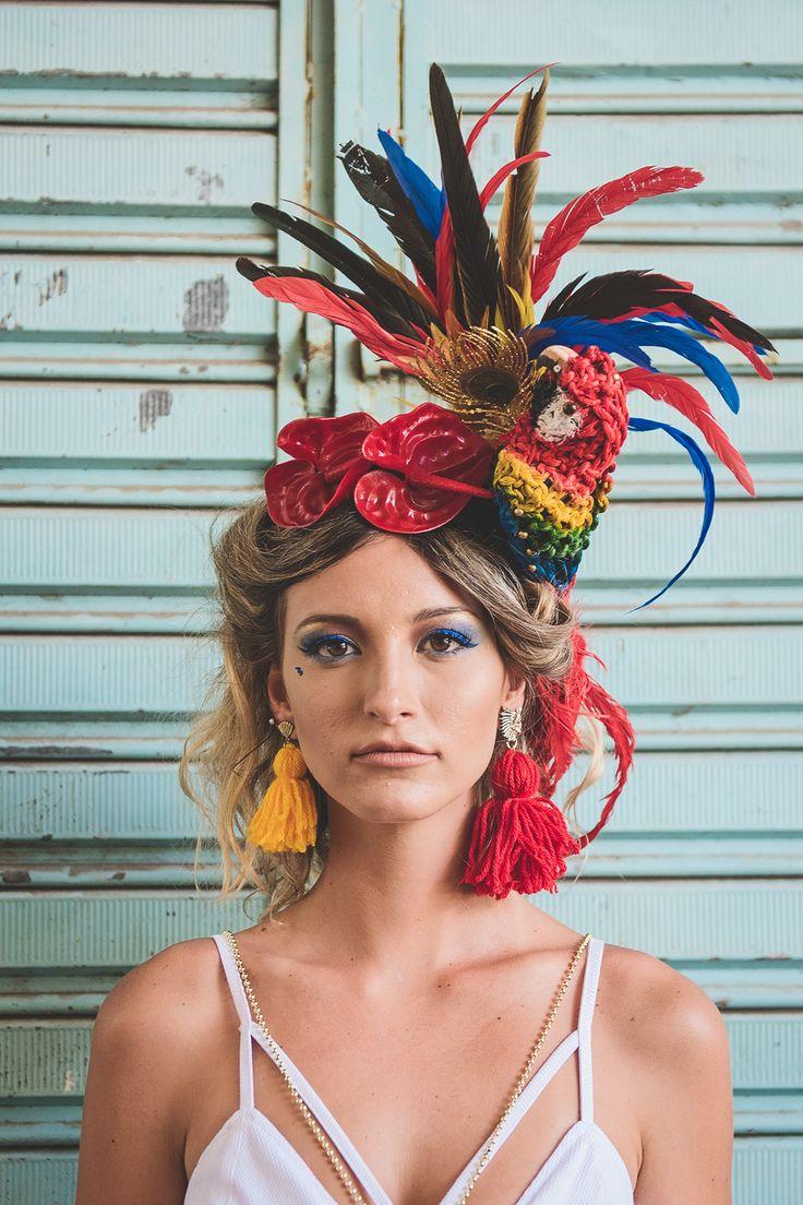 Peça de cabeça incrível para usar no carnaval ou festa à fantasia. Vale se inspirar também para criar fantasia de Carmem Miranda!