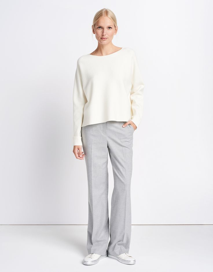 https://static.casual-fashion.com/images/product/de/152x194/4/weiss_boxy_pullover_damen_tazil_someday_look_1005.jpg