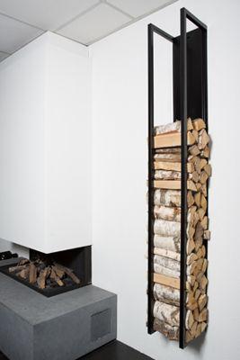 Zwarte Woodwall houtopslag en Boley gashaard  met stenen plateay   Tibas showroom in Gouda