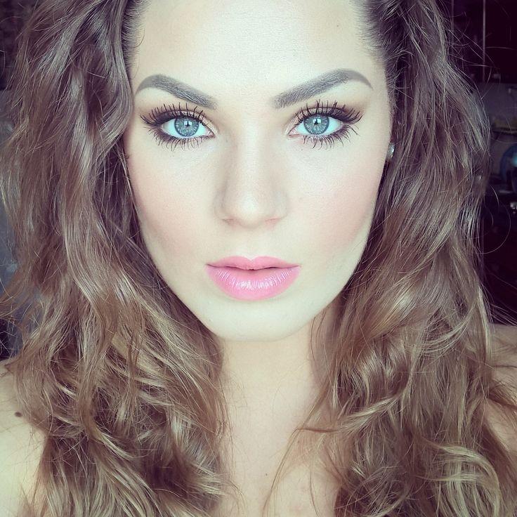 Summer makeup.