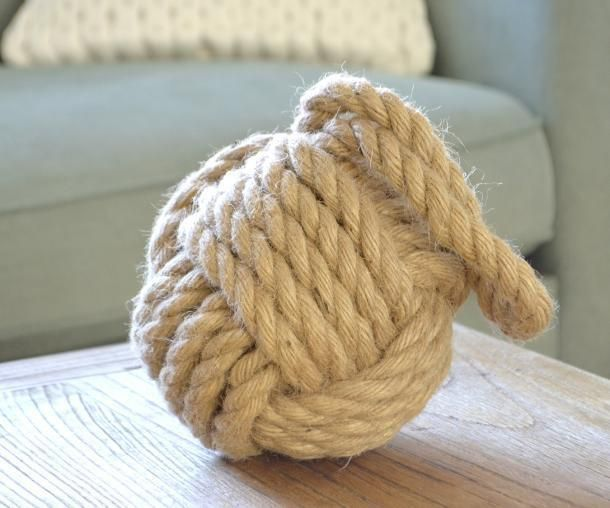 Buy Now from Beautiful Bella's Boutique: http://www.ebay.com.au/itm/Gorgeous-Coastal-Beach-Chunky-Jute-Rope-Knot-Weighted-Doorstop-Brand-New-/181898525353?&_trksid=p2056016.m2518.l4276