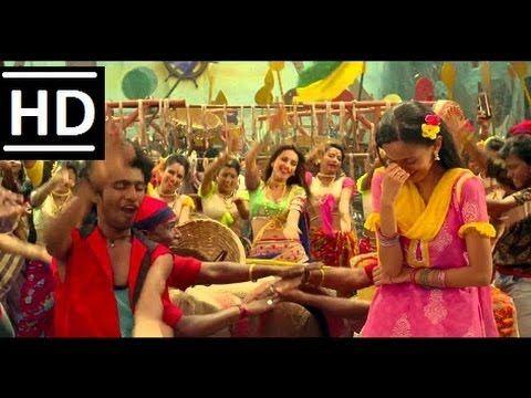 song hi poli sajuk tupatali .. best dance by shibani dandekar..