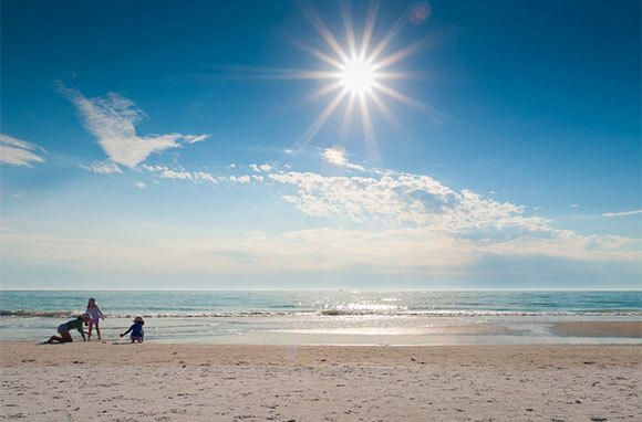 10 beaches that should be on your bucket list: Siesta Key Beach, Sarasota, Florida - recently named the number-one beach in America on the annual Top 10 Beaches list by Dr. Beach.
