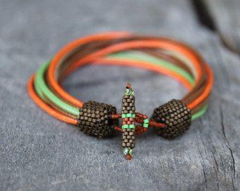 Nautische mens armband natuurlijke linnen braclet door Naryajewelry