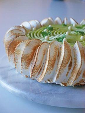 Limemoussetårta med citronmelisskräm och italiensk maräng | Brinken bakar