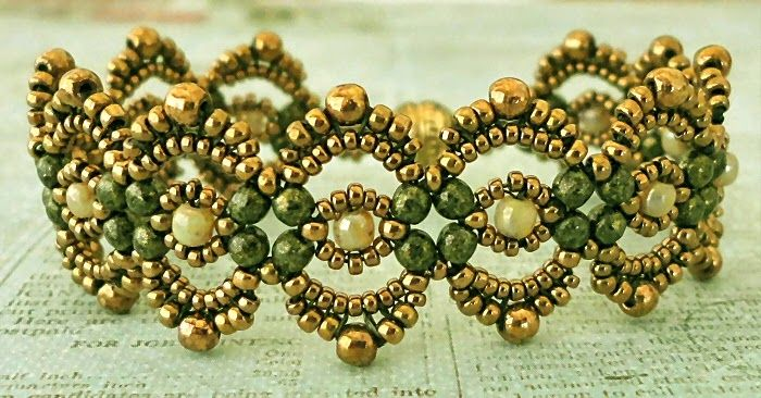 Lovely Lace Bracelet - PDF link is down a ways.  #Seed #Bead #Tutorials