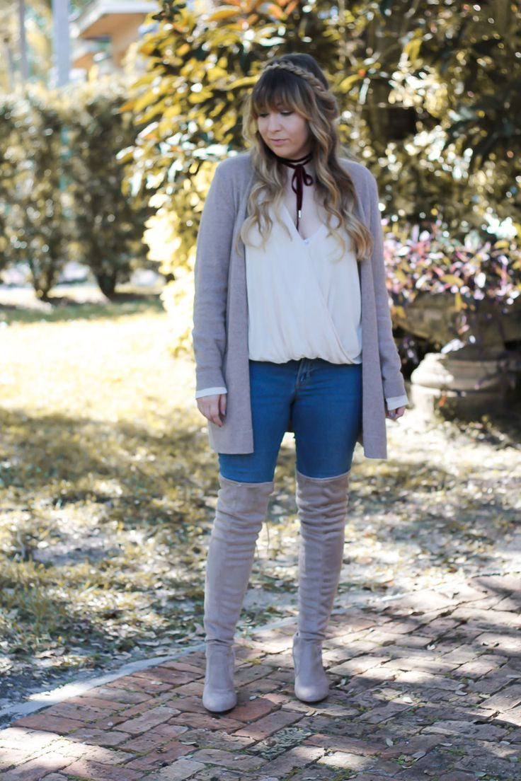f3c2af87d2 Miami fashion blogger Stephanie Pernas wearing a cute over the knee boots and  jeans outfit idea