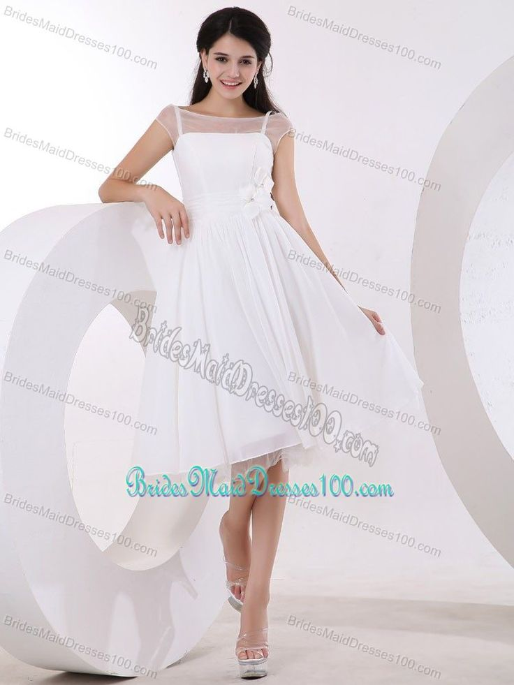 White Knee-length Bridesmaid Gowns With Hand Made Flowers