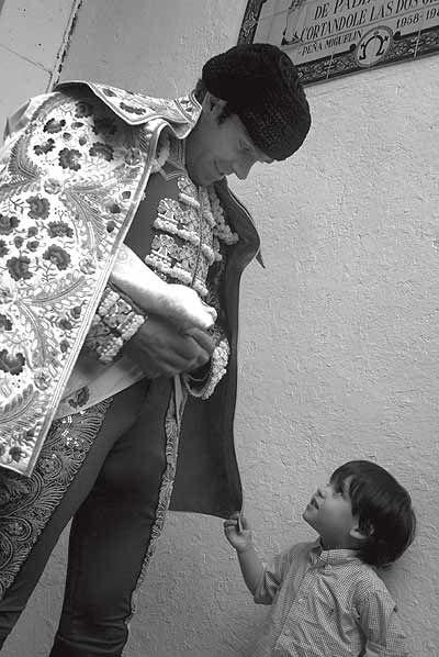 Esa carita del niño muestra la admiración que siento por Don José Tomás