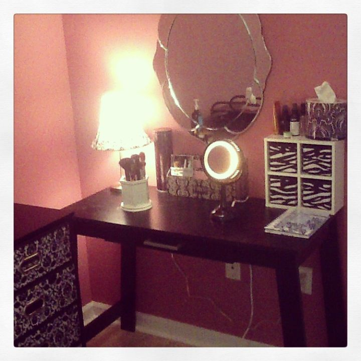 Vanity ideas Wrining table walmart 39 99 mirror hobby lobby 40 00 dollares   17 Best. Makeup Vanity Table Walmart