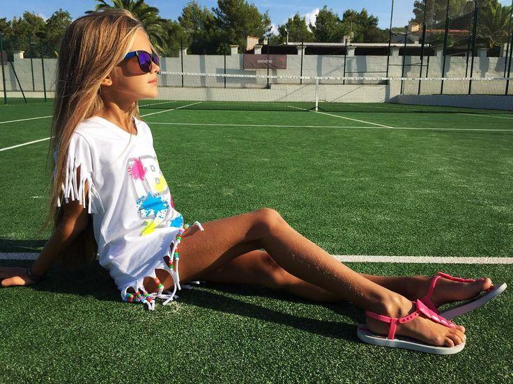 "1,260 Likes, 7 Comments - ✉️m.suz@yandex.ru /Direct (@milanamos) on Instagram: ""#MilanaMostovaya #fashionkids #kidsfashion #Ibiza"""