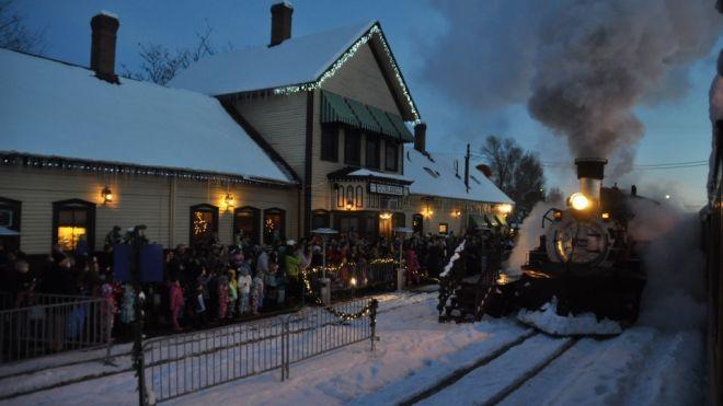 5 magical Polar Express train rides in the US   Fox News
