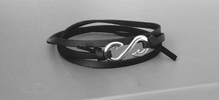bracelet homme hameçon et cuir noir. très mode : Bijoux pour hommes par made-with-love-in-aiacciu