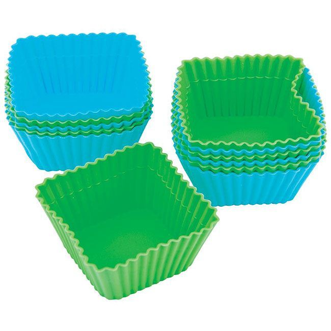 <li>WILTON Silicone Square Baking Cups (additional Silicone Baking Cups for the Build A Cake Kit)</li> <li>Discover the convenience and easy release of flexible silicone bakeware</li> <li>Baking cups are oven safe to 500 degrees Fahrenheit</li>